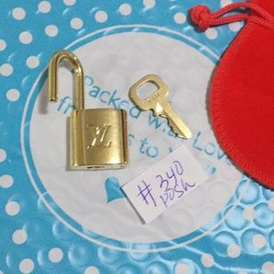 Louis Vuitton padlock set #340